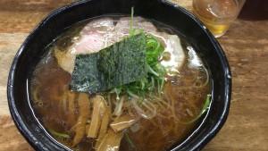 麺哲醤油ラーメン