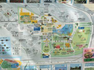 万博公園東の広場地図